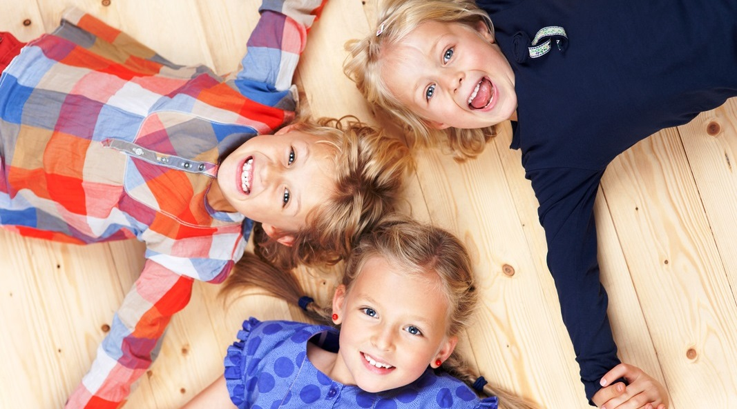 Kinder Freude Lachen II